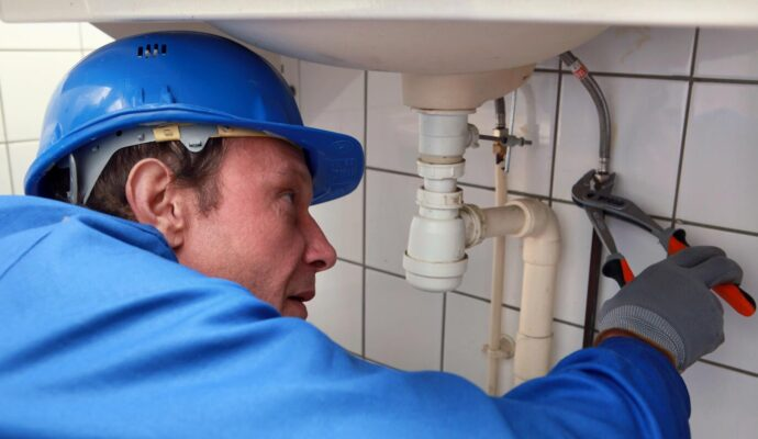 Free Leak Detection-Palm Beach Water Restoration Services-We do home restoration services like Servpro such as water damage restoration, water removal, mold removal, fire and smoke damage services, fire damage restoration, mold remediation inspection, and more.