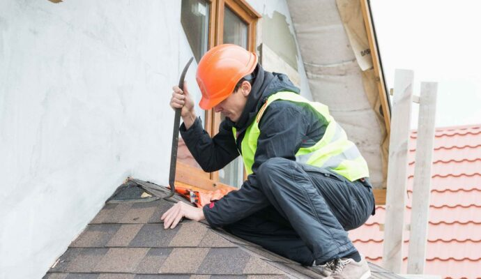 Roof Water Damage Repair Services-Palm Beach Water Restoration Services-We do home restoration services like Servpro such as water damage restoration, water removal, mold removal, fire and smoke damage services, fire damage restoration, mold remediation inspection, and more.