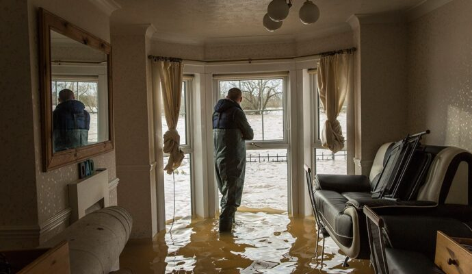 Water Damage Remediation-Palm Beach Water Restoration Services-We do home restoration services like Servpro such as water damage restoration, water removal, mold removal, fire and smoke damage services, fire damage restoration, mold remediation inspection, and more.